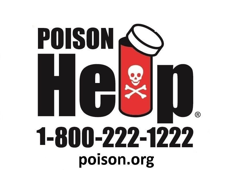 a nurse who is working in the poison control center-2