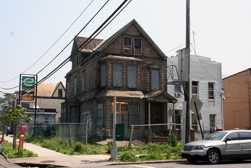 haunted houses in queens ny-0