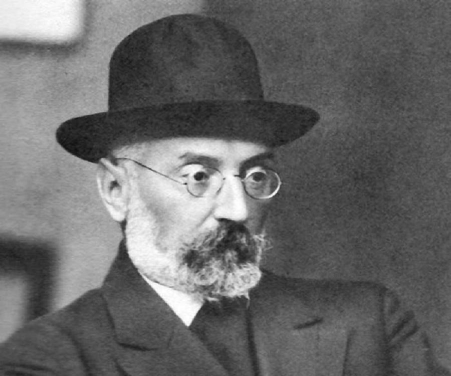 who is miguel de unamuno and what is his association with the university?-2